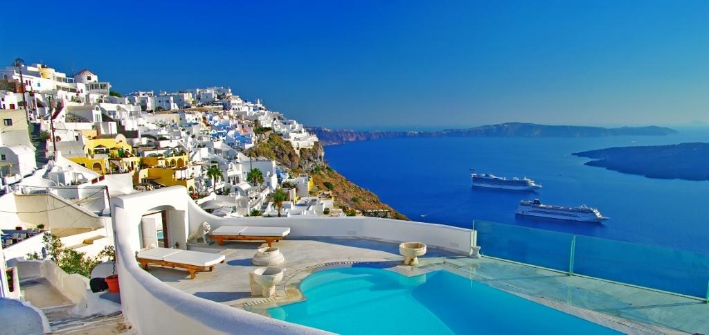 Santorini, Greece lifestylesgo